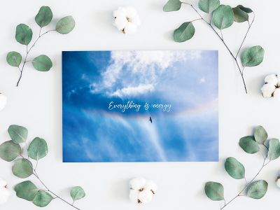 Everything is energy - Spruch Postkarte